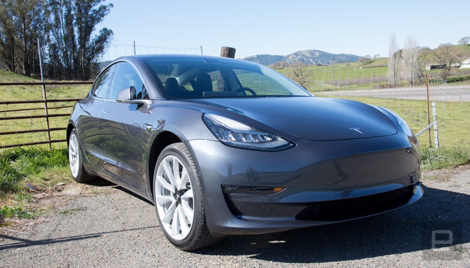 Elon Musk: Model 3 price now starts at $35k -- after incentives