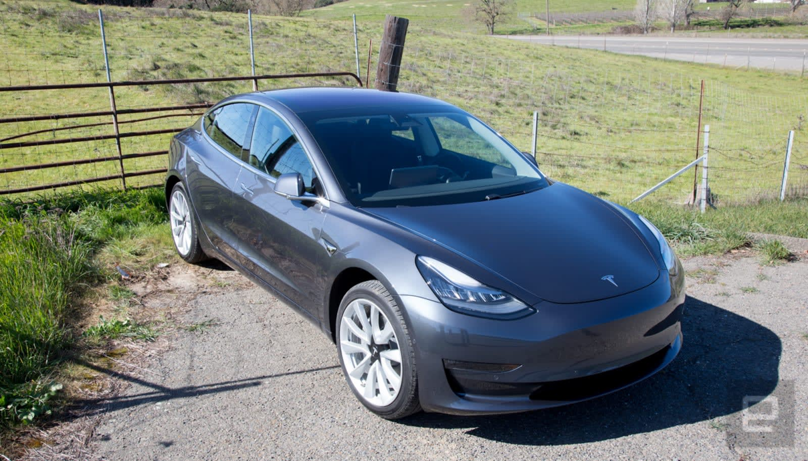 Tesla will let you customize your car's horn and movement sounds