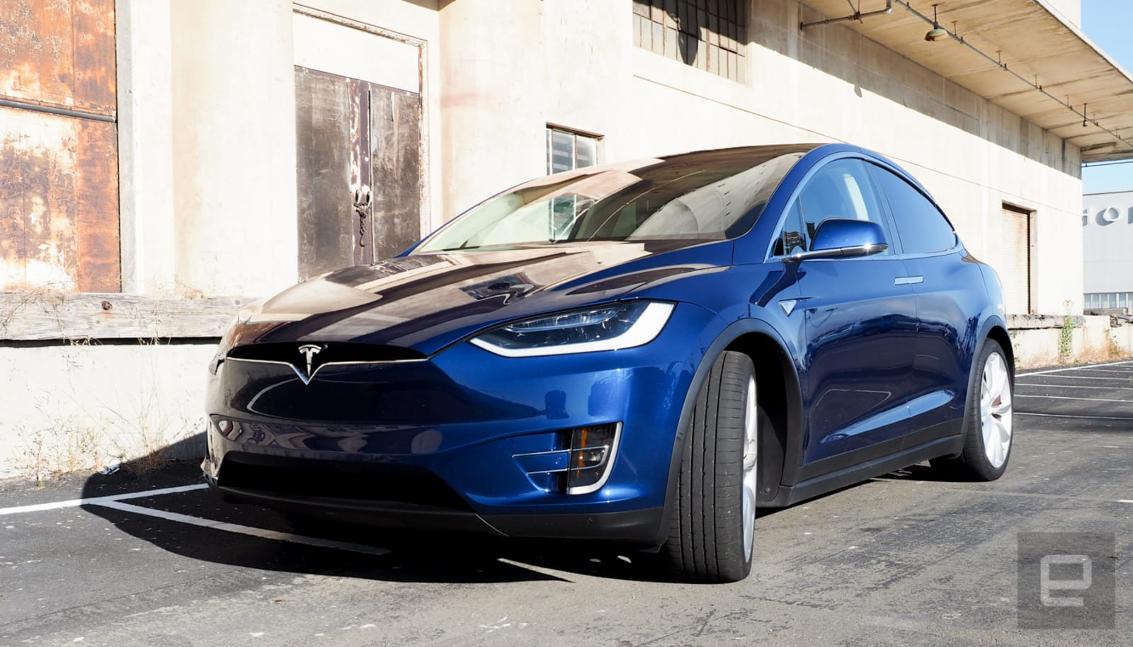 NHTSA reviews claims Tesla should have recalled 2,000 cars