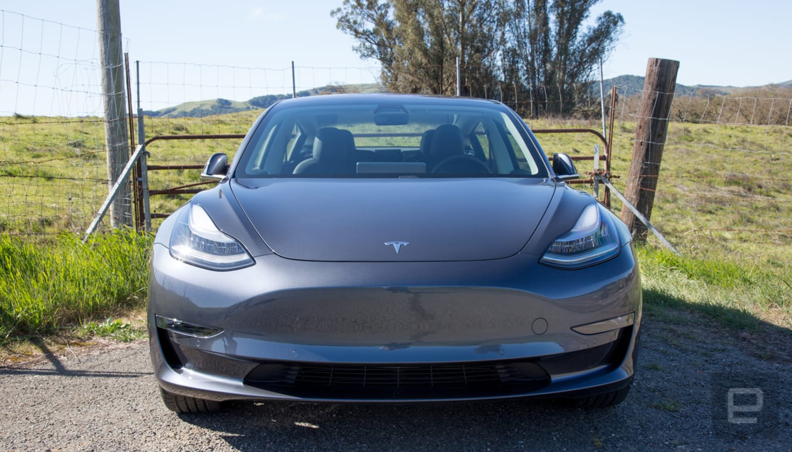 Tesla code hints Model 3 might get 100kWh battery and Ludicrous Mode