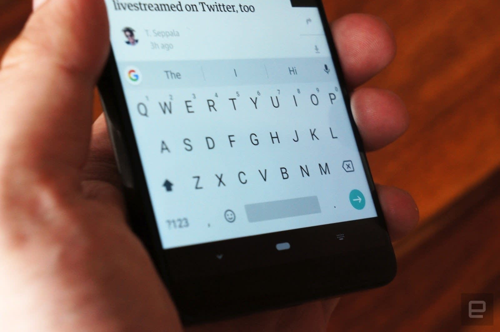 Google Gboard's floating keys make your giant phone more comfortable