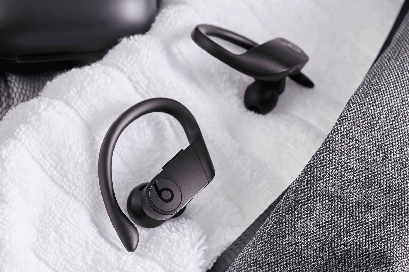 eebbabe614c Beats' all-wireless Powerbeats Pro earbuds are available May 10th