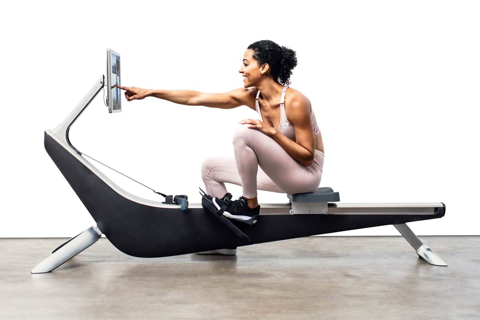 Best Buy will dedicate store space to 'smart' gym equipment