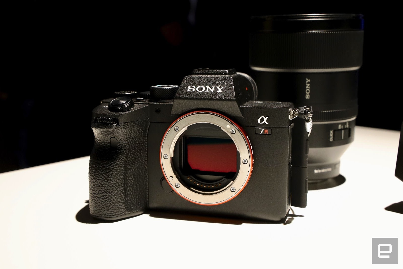 A closer look at Sony's A7R IV full-frame, 61-megapixel mirrorless
