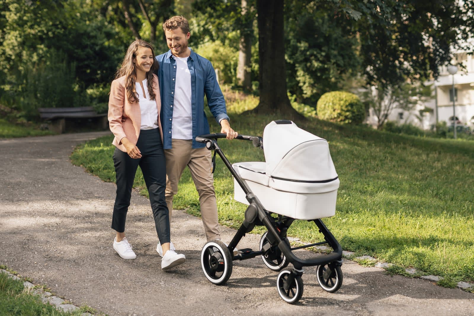 Bosch's electric stroller tech helps carry your baby uphill