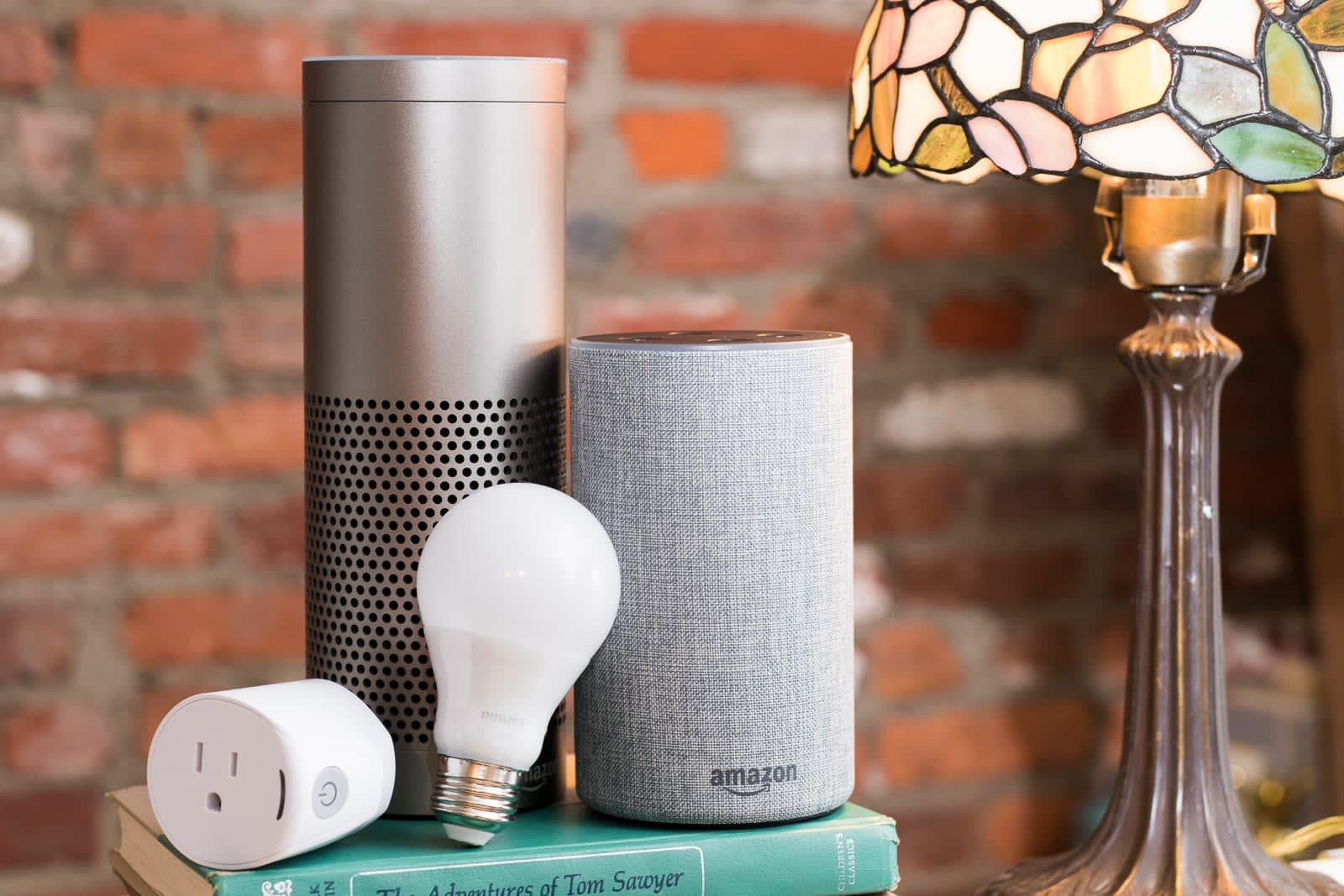 Best Smart Home Hub 2020.The Best Alexa Compatible Smart Home Devices For Amazon Echo