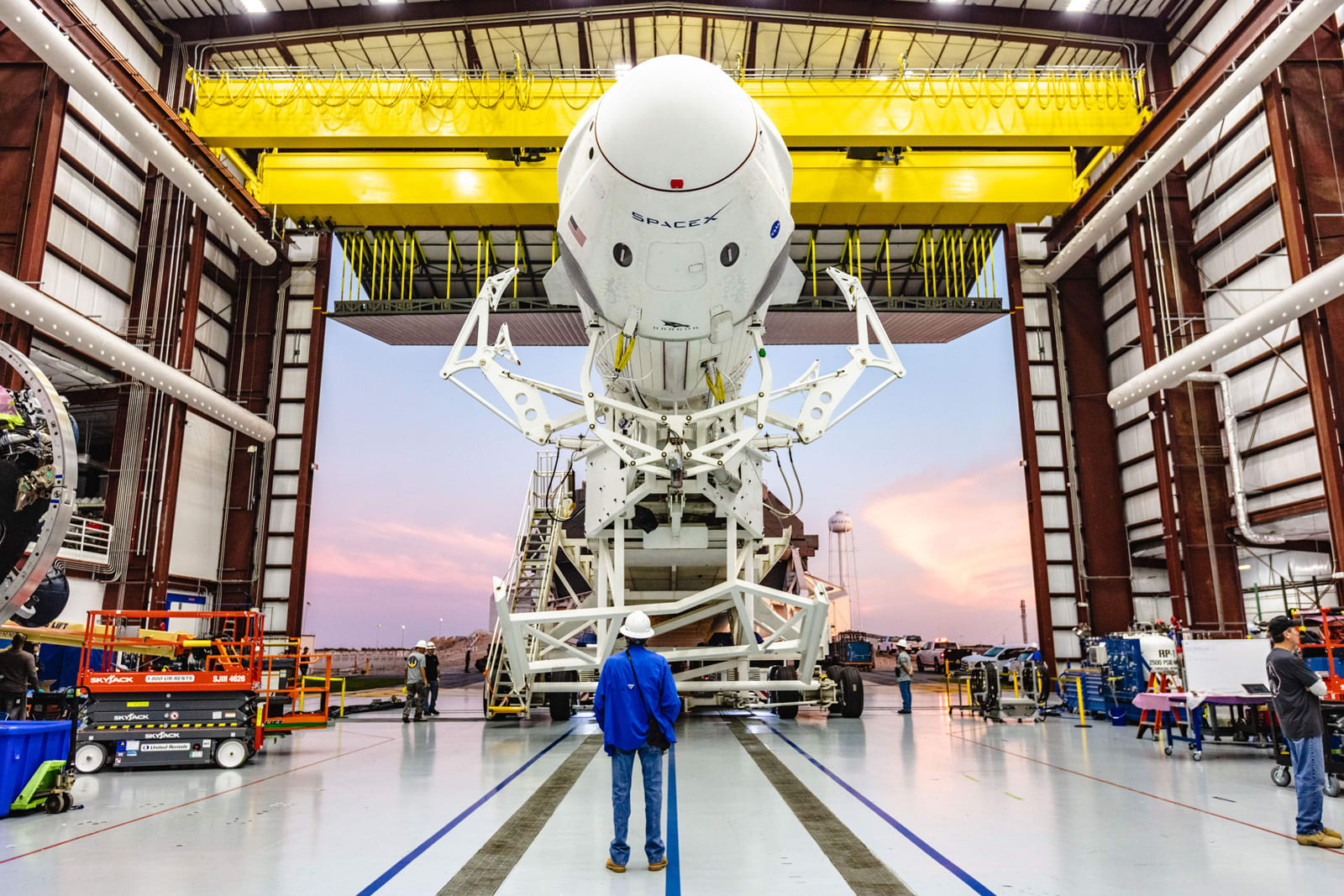 SpaceX plans to test Crew Dragon's launch escape system on January 18th