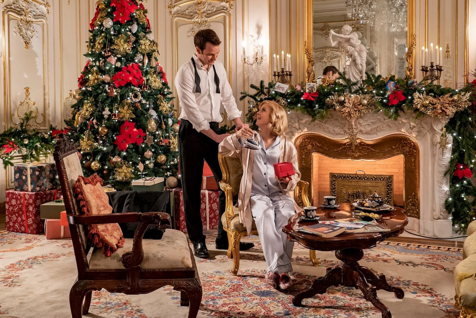 Holiday Christmas.Netflix Reveals Its Huge Lineup Of Holiday Movies And