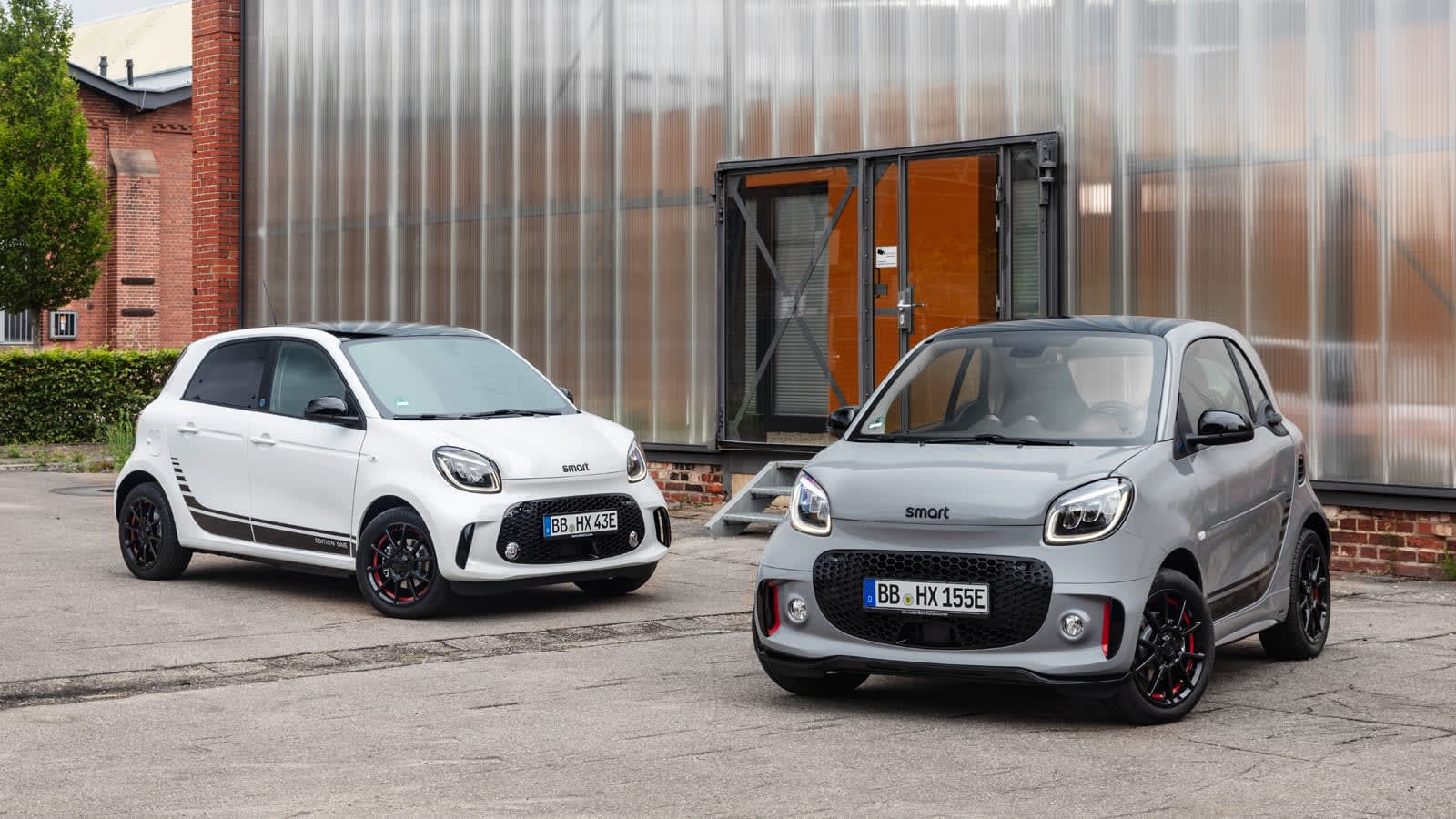 Smart is the first car brand to switch to an all-EV lineup