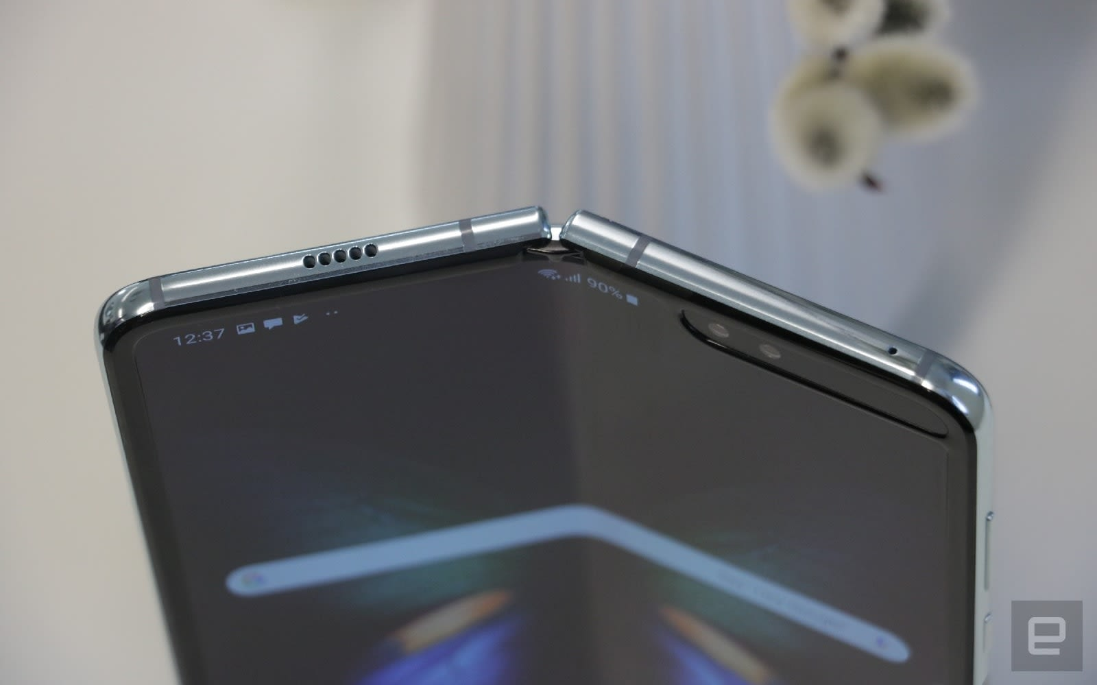 Watch Samsung's Galaxy Fold fall woefully short of 200,000 folds