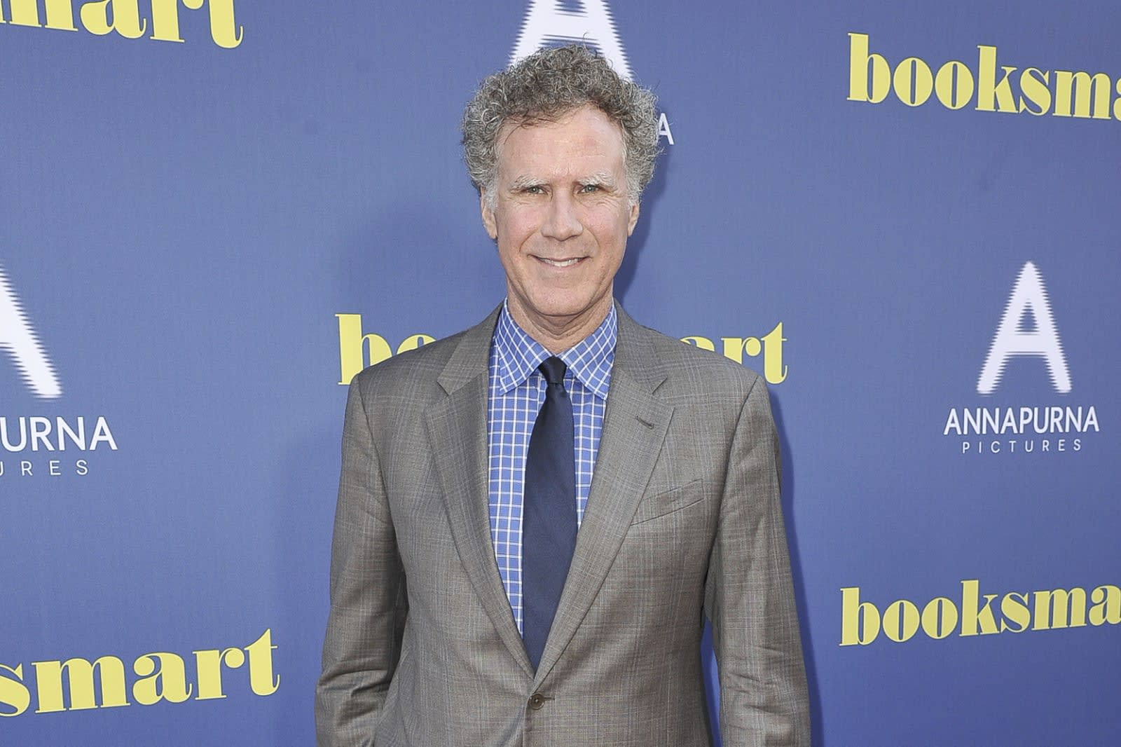 Will Ferrell Christmas Carol.Apple S First Tv Holiday Special Will Star Will Ferrell And