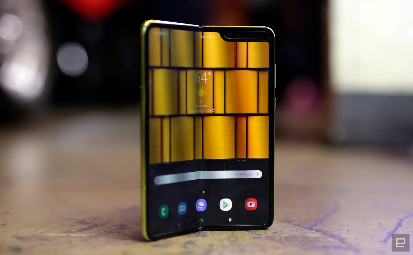 da802d7d204159 T-Mobile won't sell the Galaxy Fold