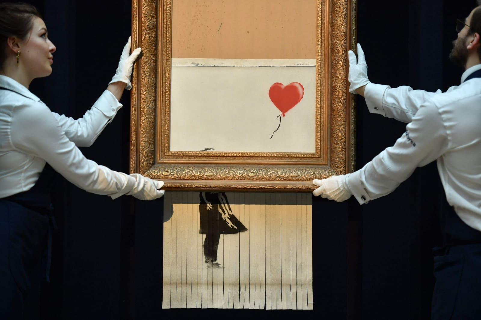Banksy's 'Girl with Balloon' was meant to be shredded ...