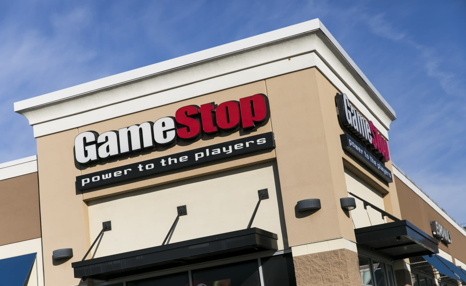 Gamestop Midnight Release List 2020.Gamestop To Close Up To 200 Stores Engadget
