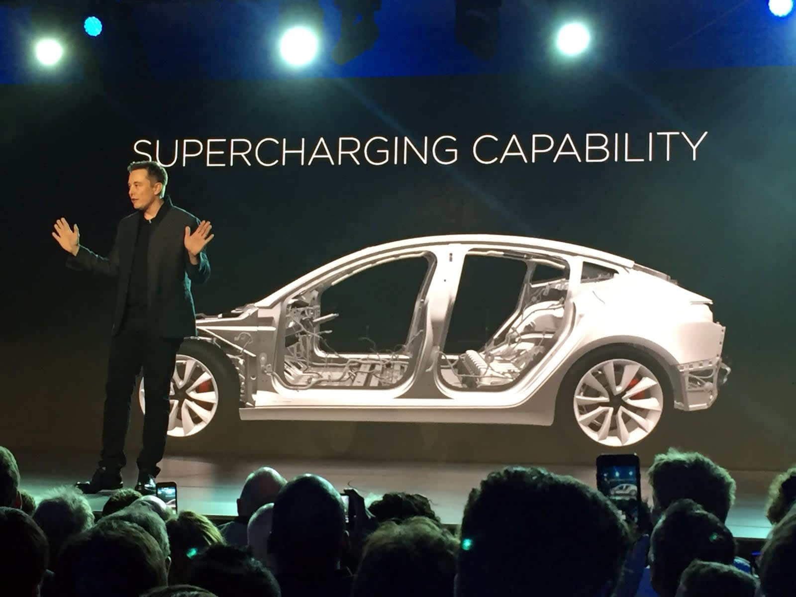 Elon Musk Expect A Cheaper Tesla In 2 3 Years Engadget