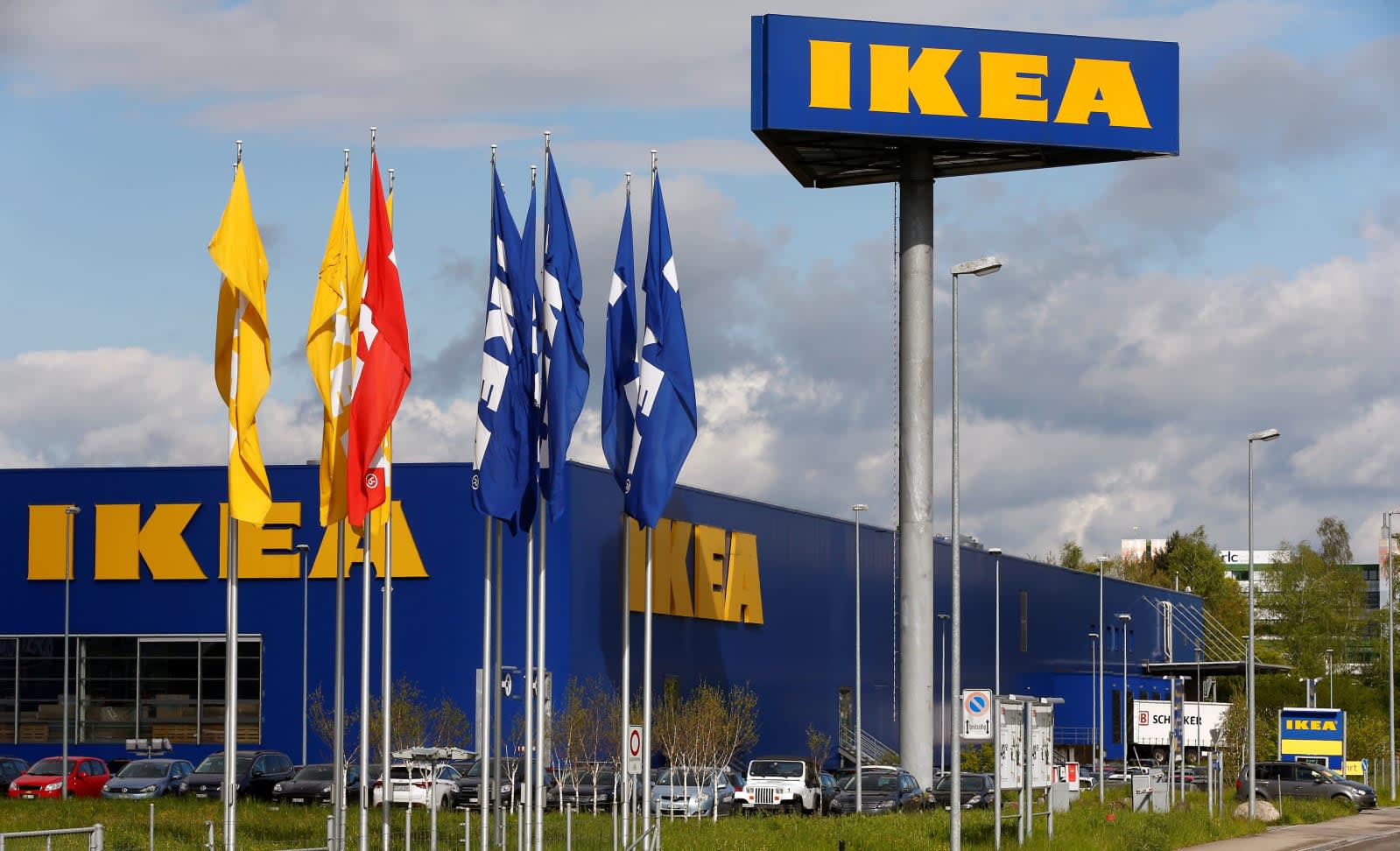 IKEA puts TaskRabbit to work assembling your FLOTTEBO and FÄRLÖV