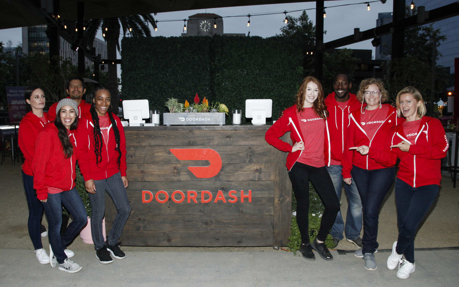 DoorDash eyes autonomous food delivery with latest acquisition