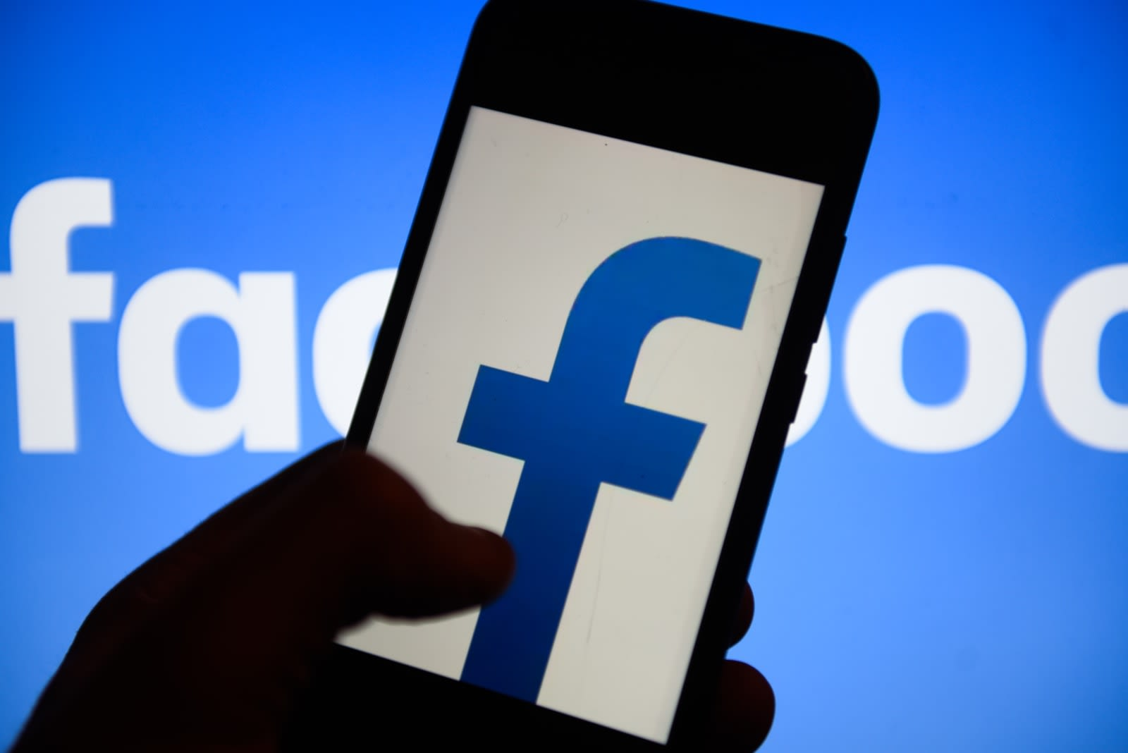 You can now block Facebook's background location tracking on