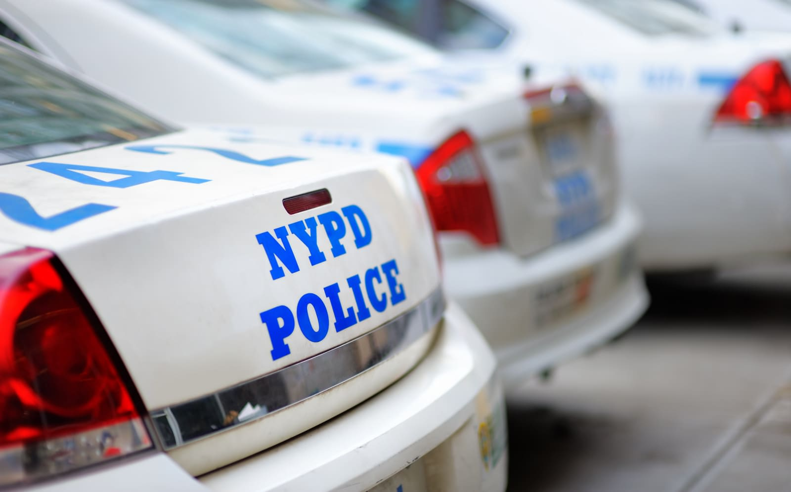 NYPD starts replacing cops' Windows Phones with iPhones
