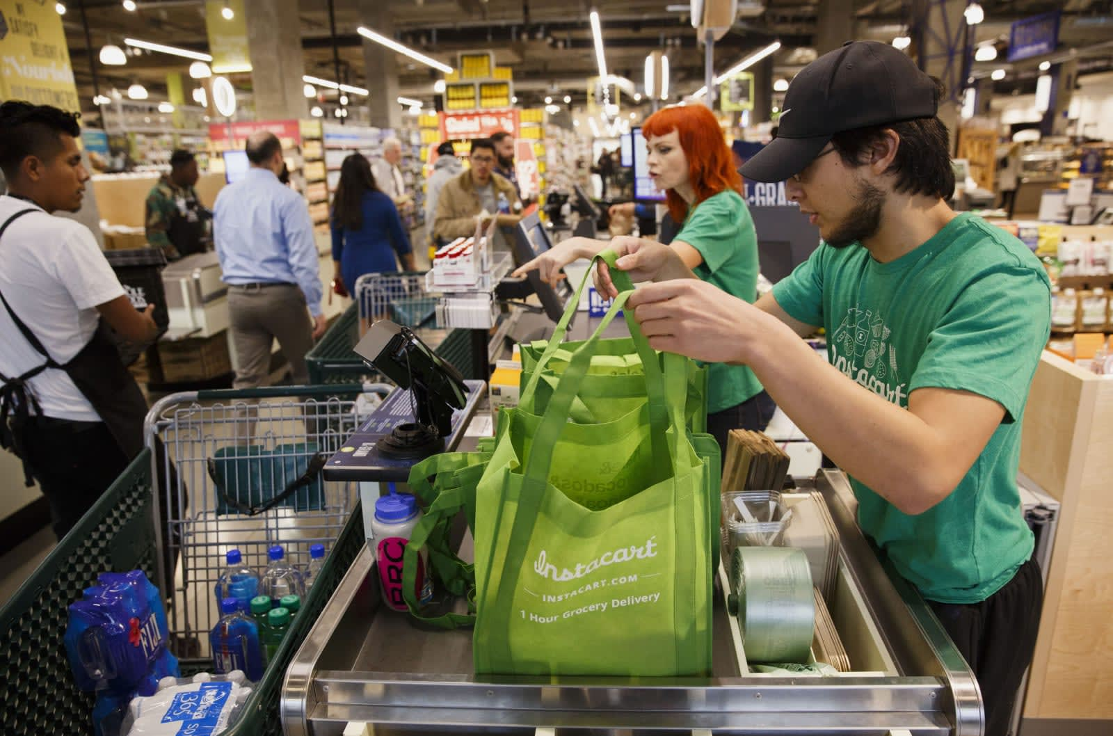 Instacart revises pay policy after accusations of tip stealing