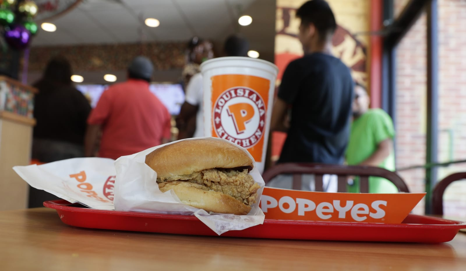 Popeyes pushes its mobile app as a way to find the sold-out