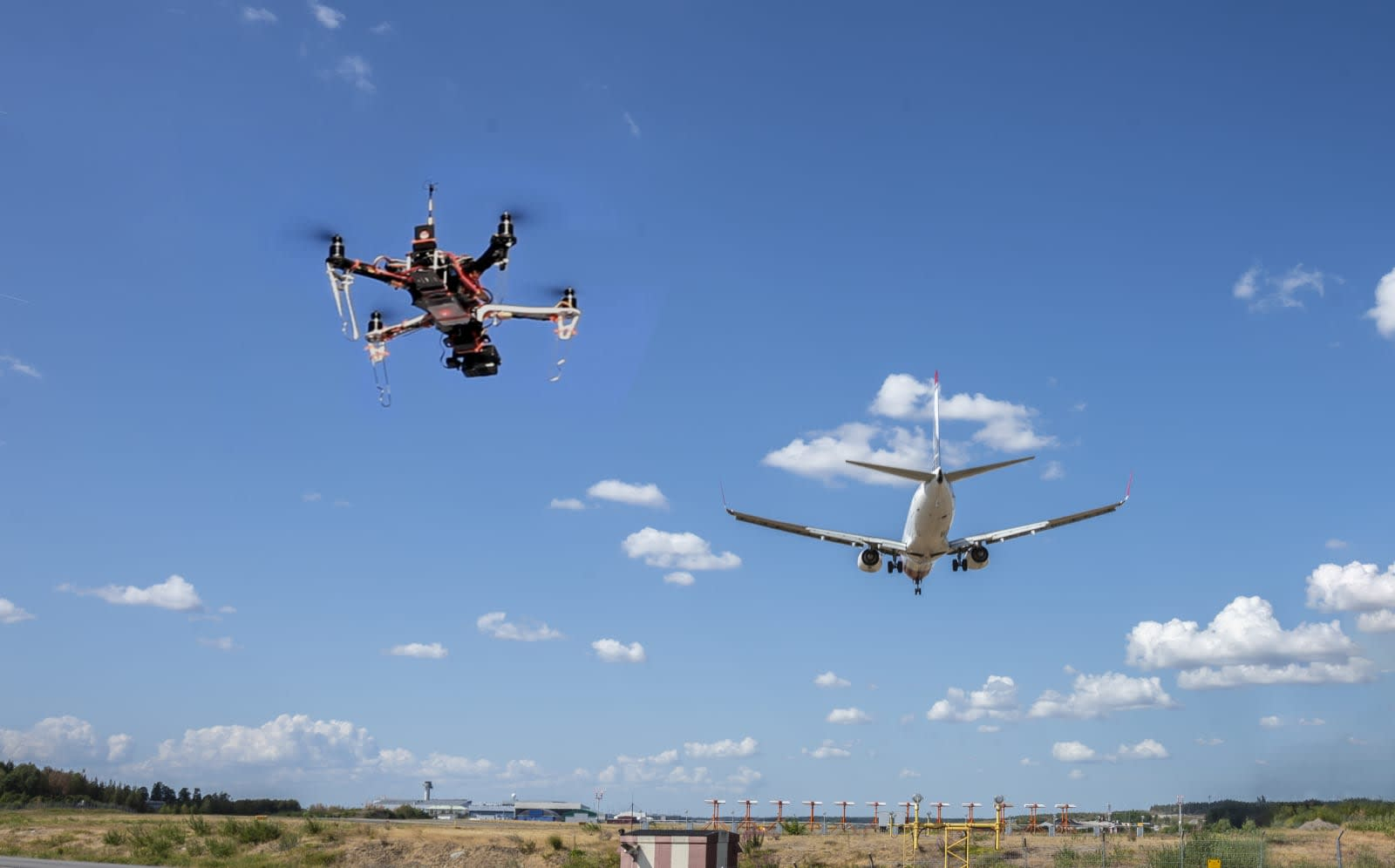 FAA makes it easy for drone hobbyists to fly in controlled airspace