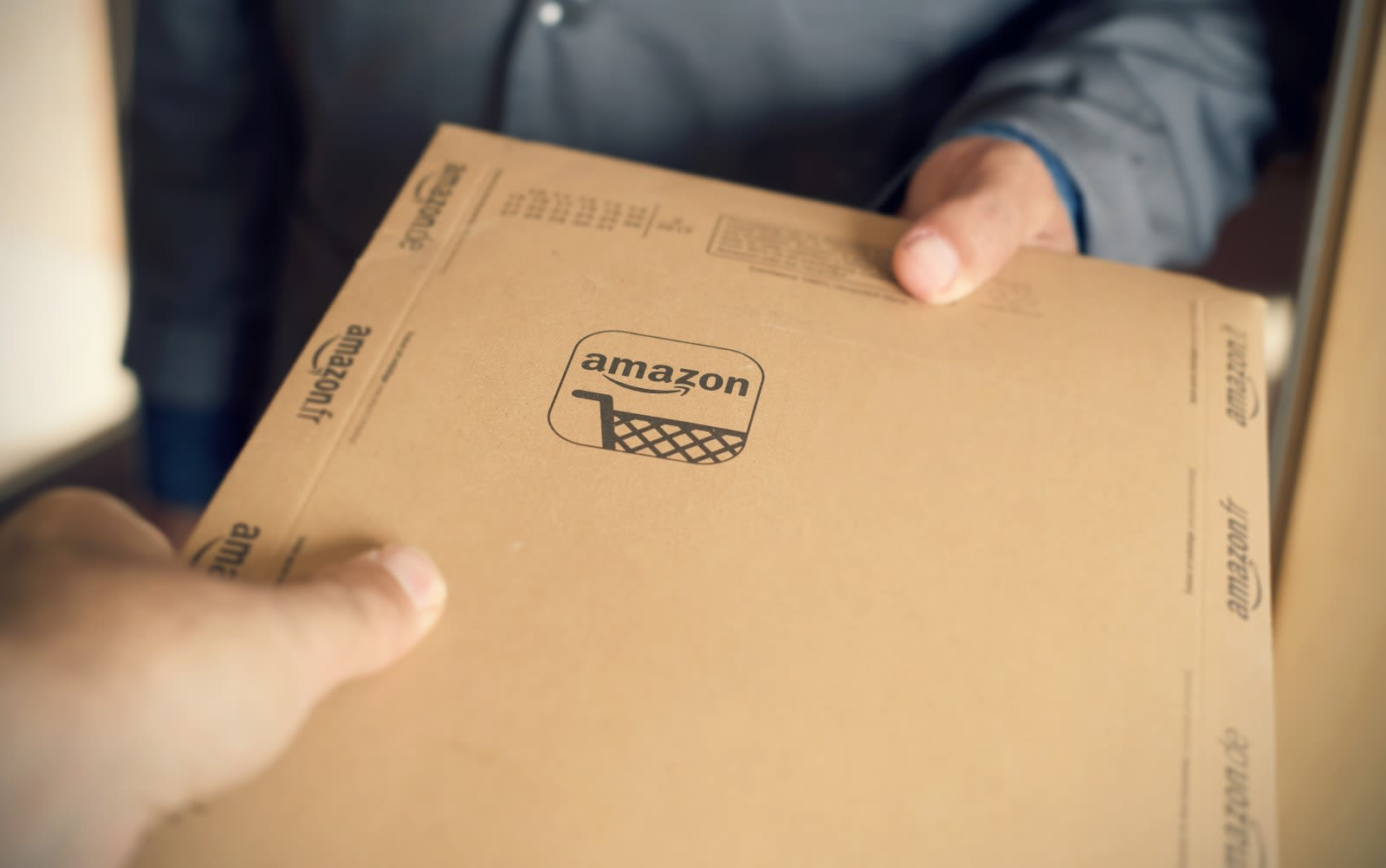 Amazon will no longer use drivers' tips to cover their base pay