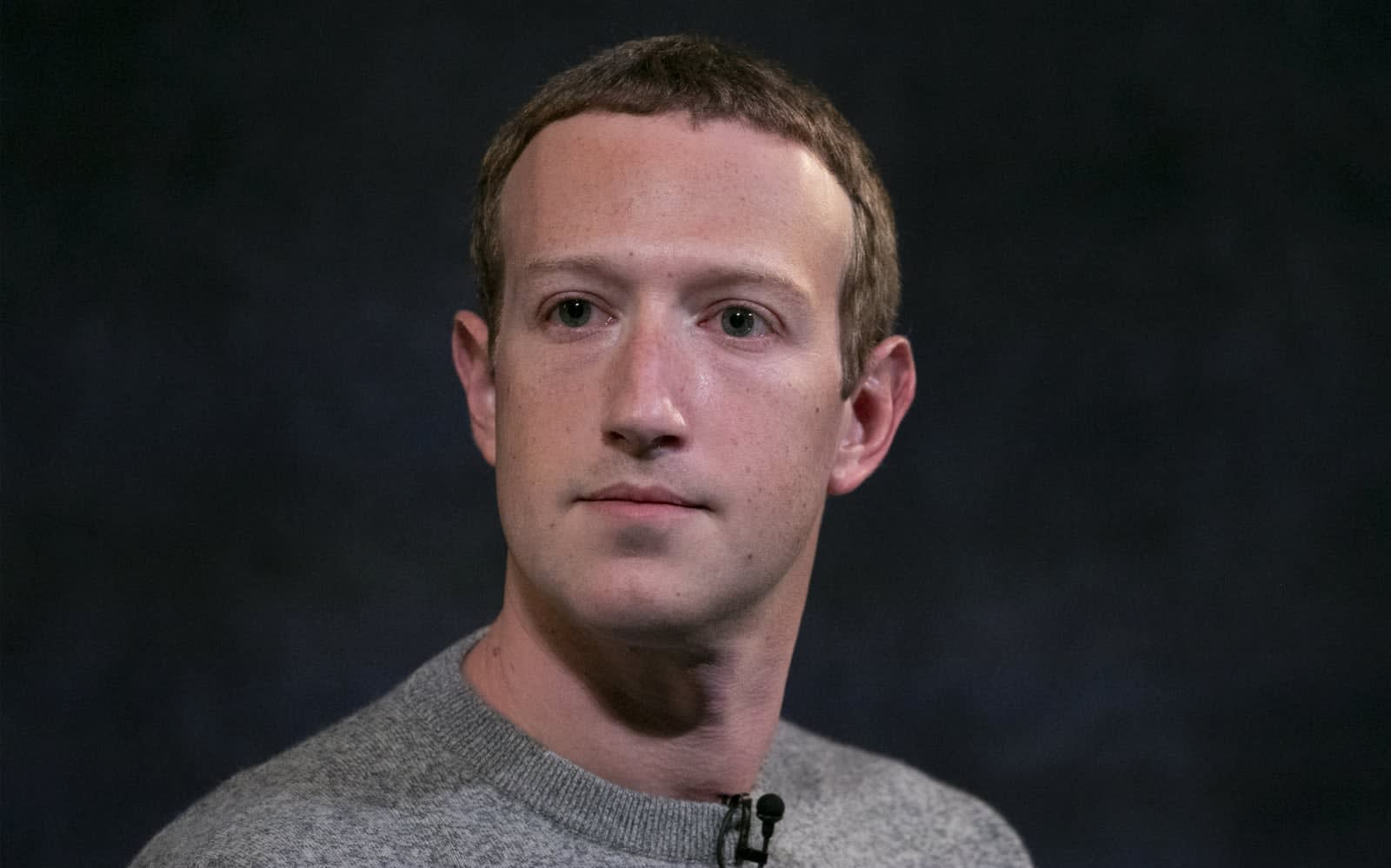 Hundreds of employees criticize Facebook's political ad policies
