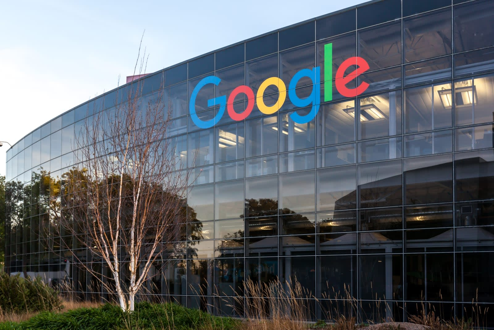 Google employee claims it discriminates against pregnant women