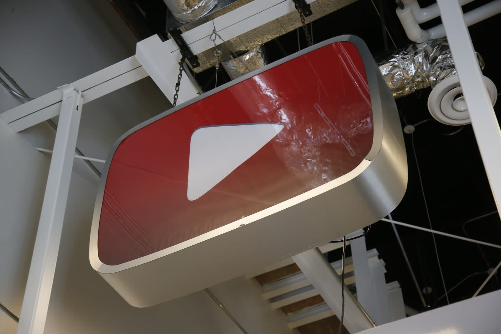 YouTube quietly offers free, ad-supported movies