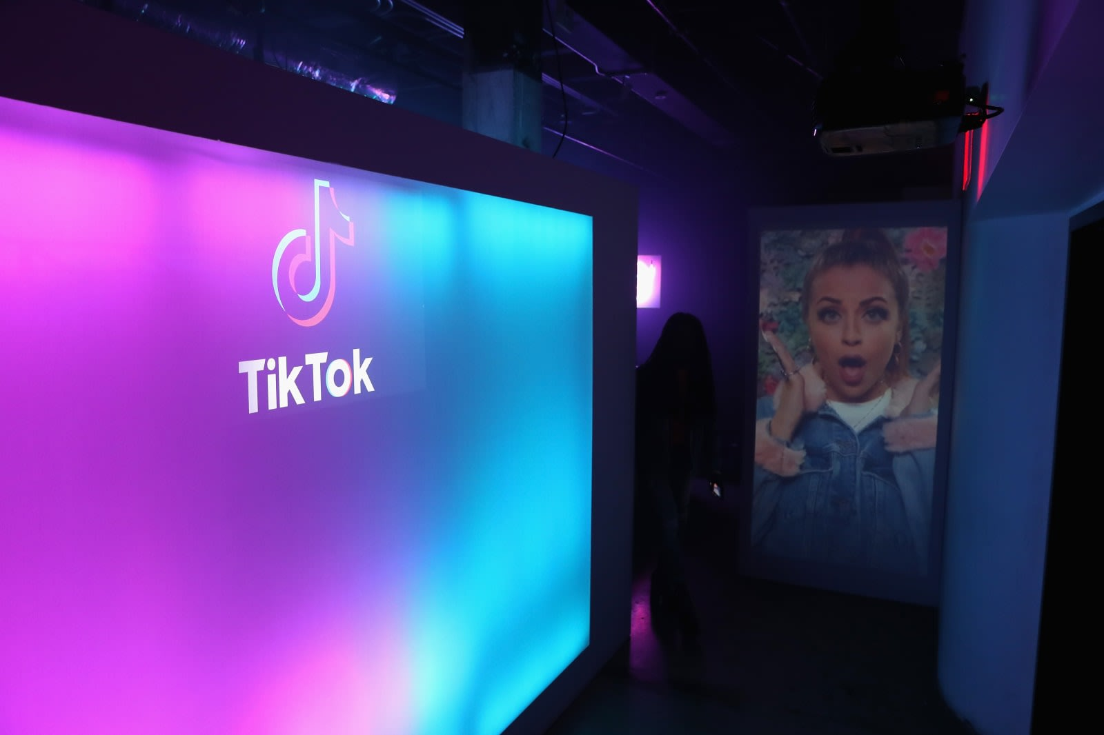 TikTok lets users add reaction videos to clips they watch