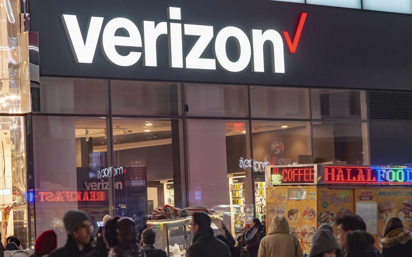 Verizon will offer YouTube TV to 5G and broadband customers