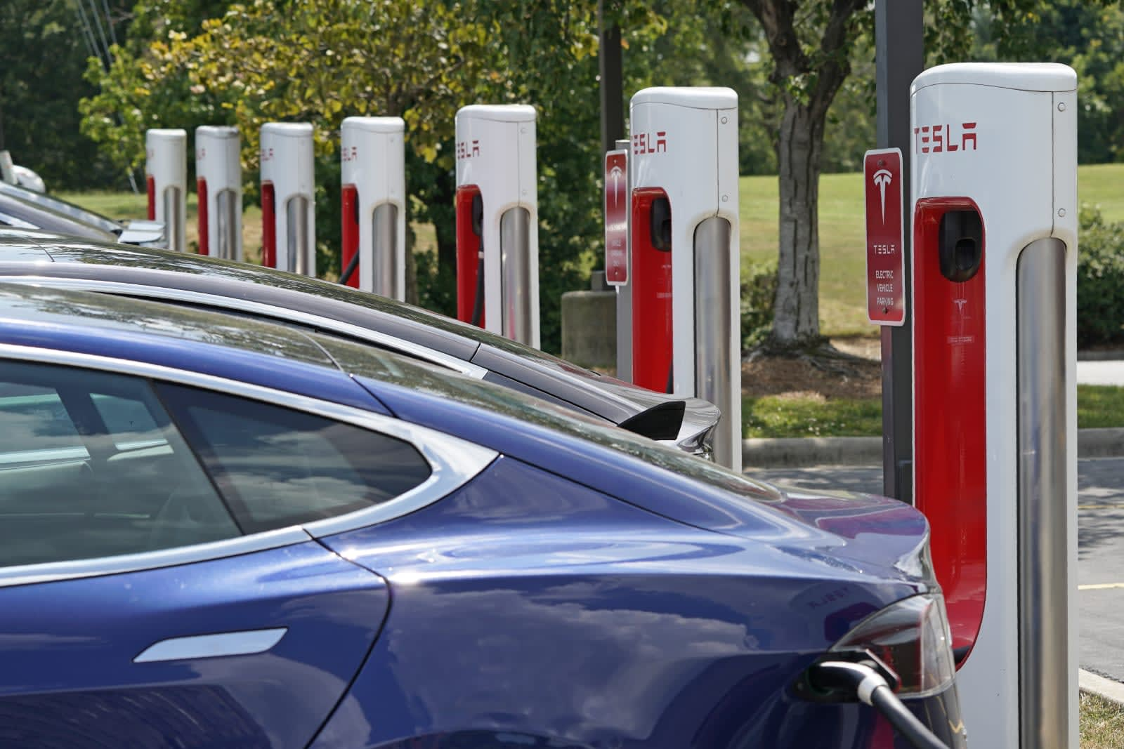 Tesla's first major V3 Supercharger rollout is taking place in Canada