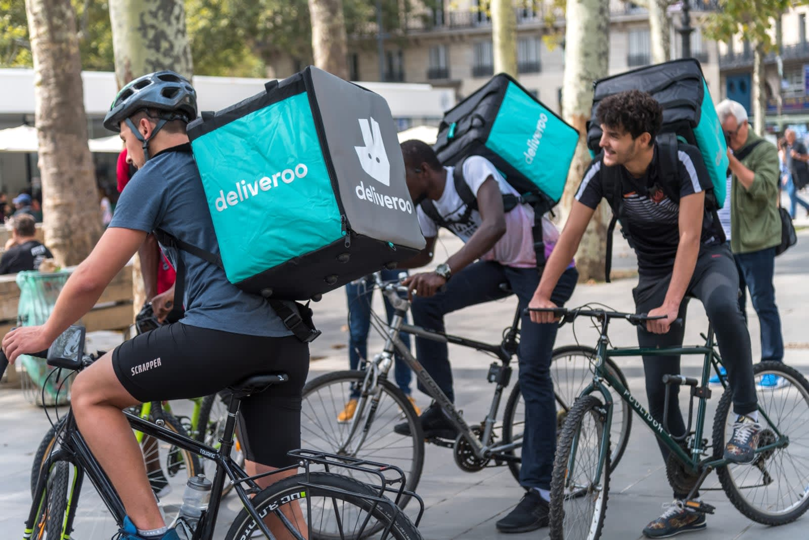 UK parliamentary groups demand more rights for gig economy workers