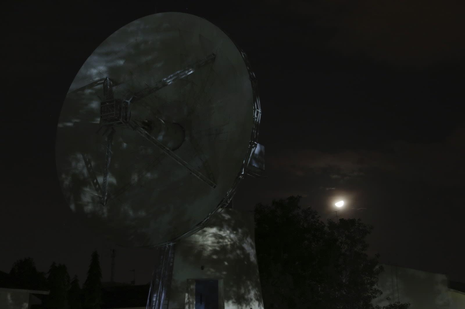 Hilang Saat Mendarat di Bulan, PendaratVikram India Telah Ditemukan