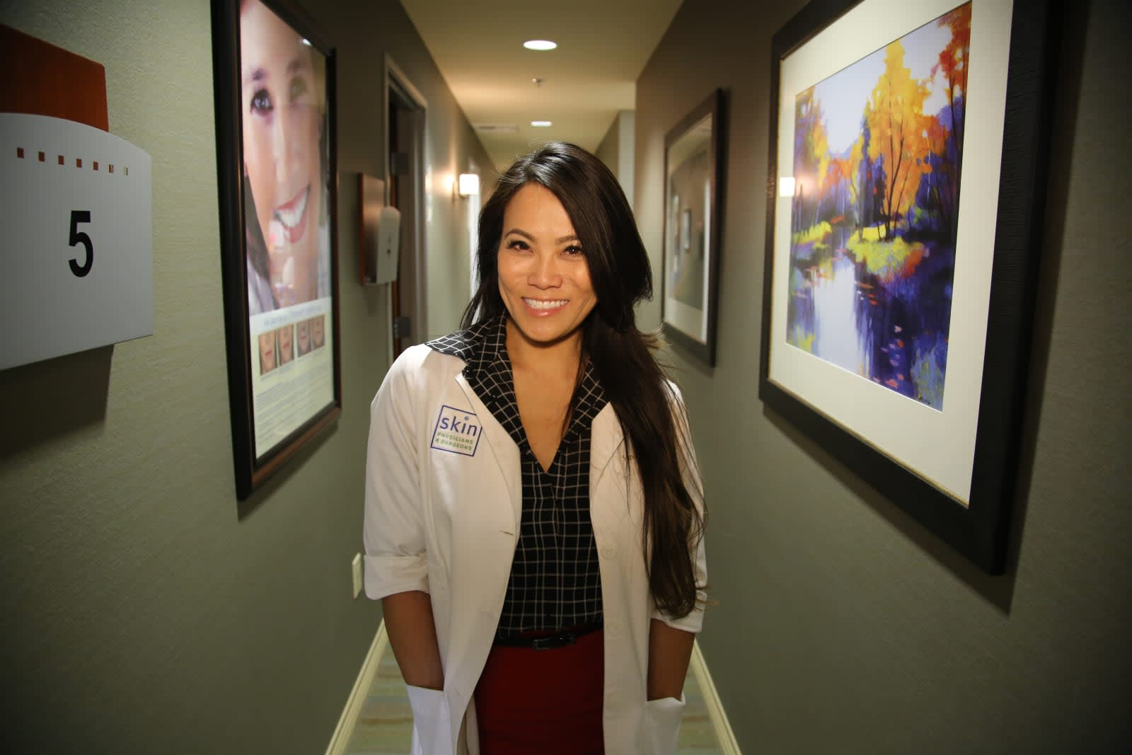 Dr  Pimple Popper parlays her gross Instagram videos into a TV deal