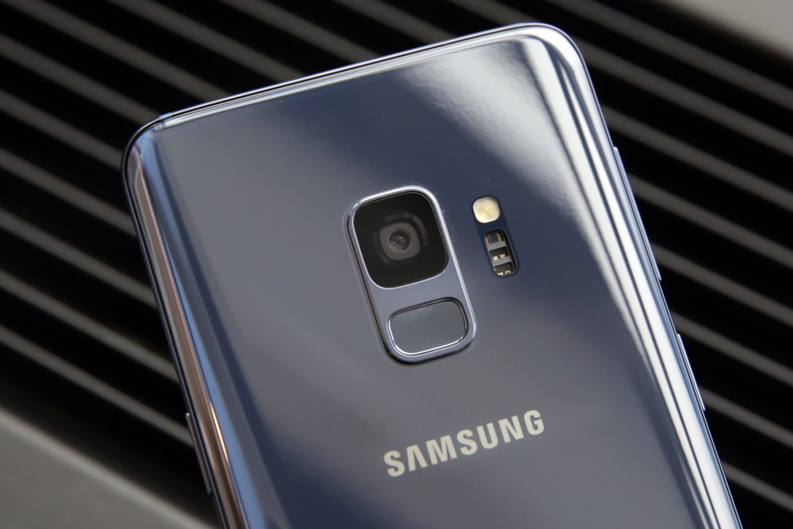 Samsung may be working on a low-light camera mode called