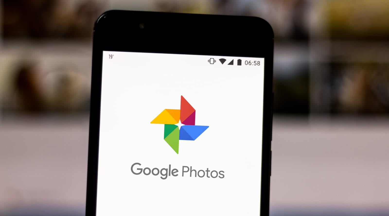 Google Photos will let you order same-day prints from
