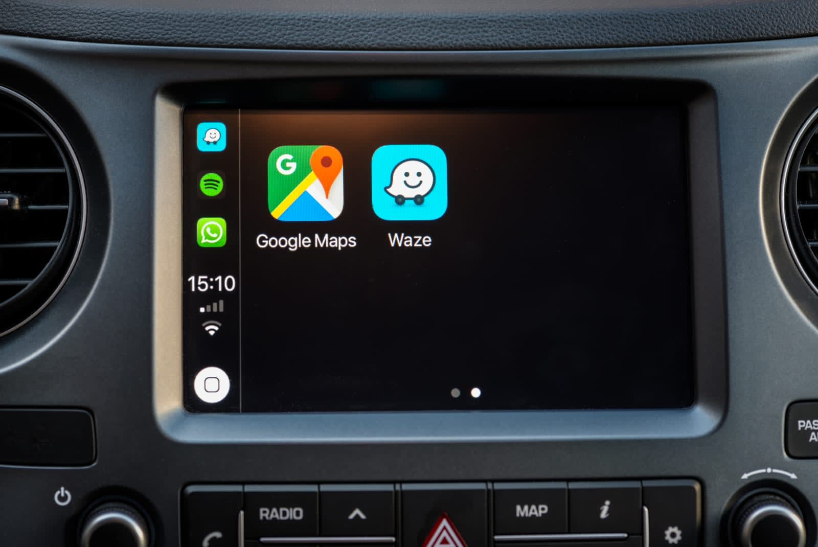 Waze adds Siri Shortcuts to its iOS app