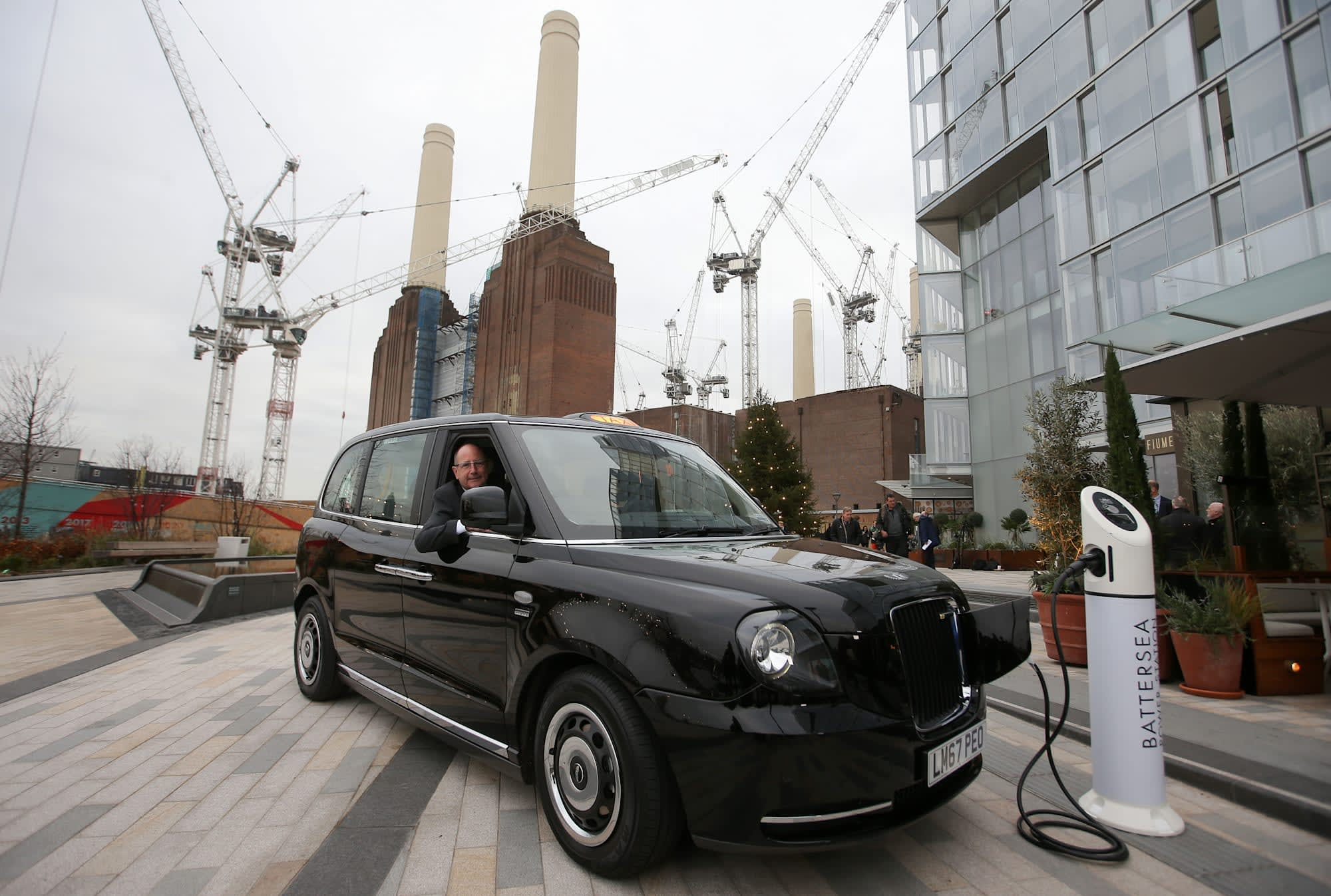 London's new electric taxis scuppered by faulty sensor