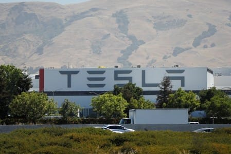 Tesla's first V3 Supercharging stations are open to the public