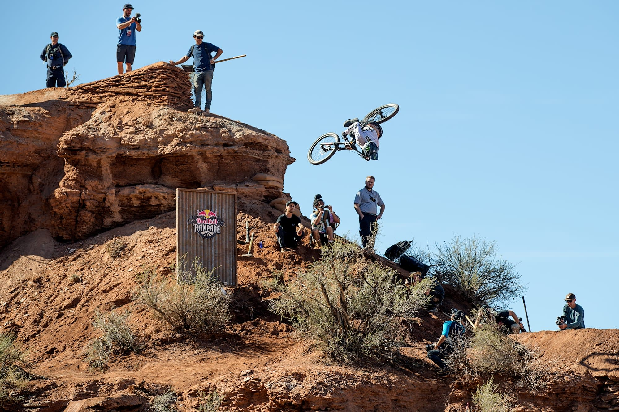 Red Bull Mountain Bike >> Red Bull Puts An Entire Mountain In Your Living Room With Ar
