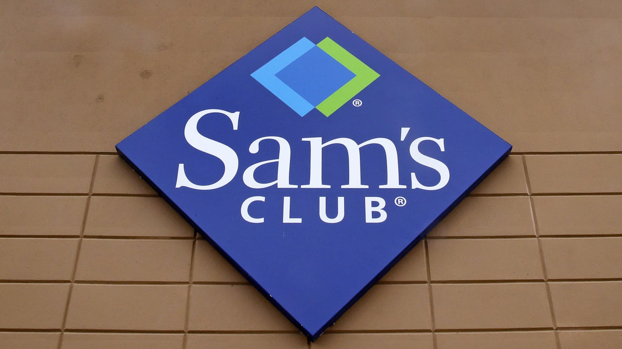 What Time Does Sams Club Open On Sunday >> Walmart Will Open An Amazon Go Style Sam S Club Store Engadget