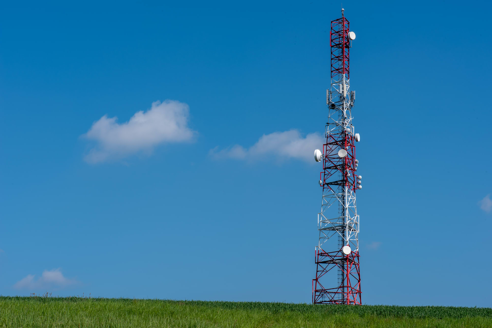 FCC authorizes second wave of rural broadband funding