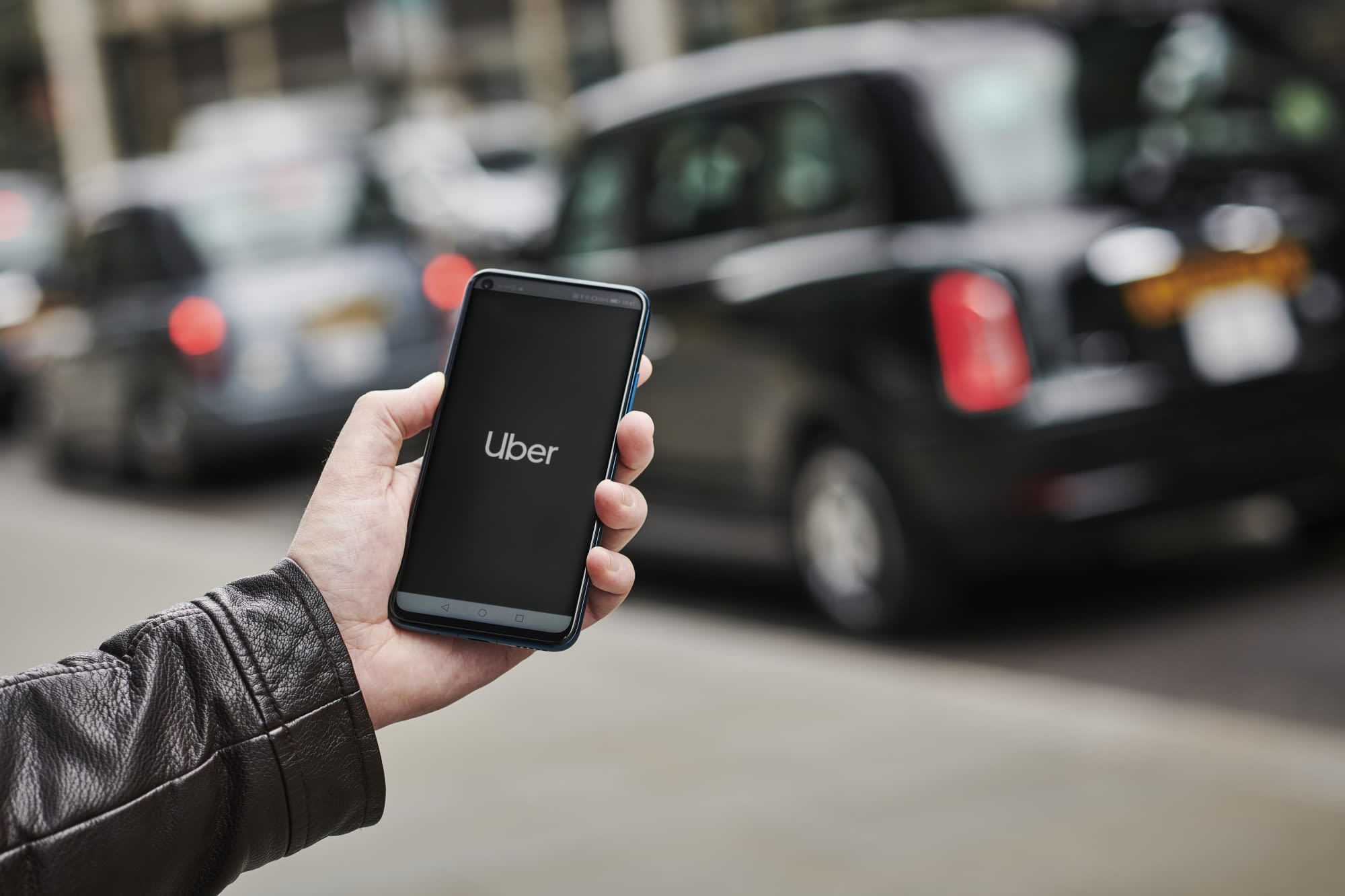 Uber error charges riders 100 times more than the original price
