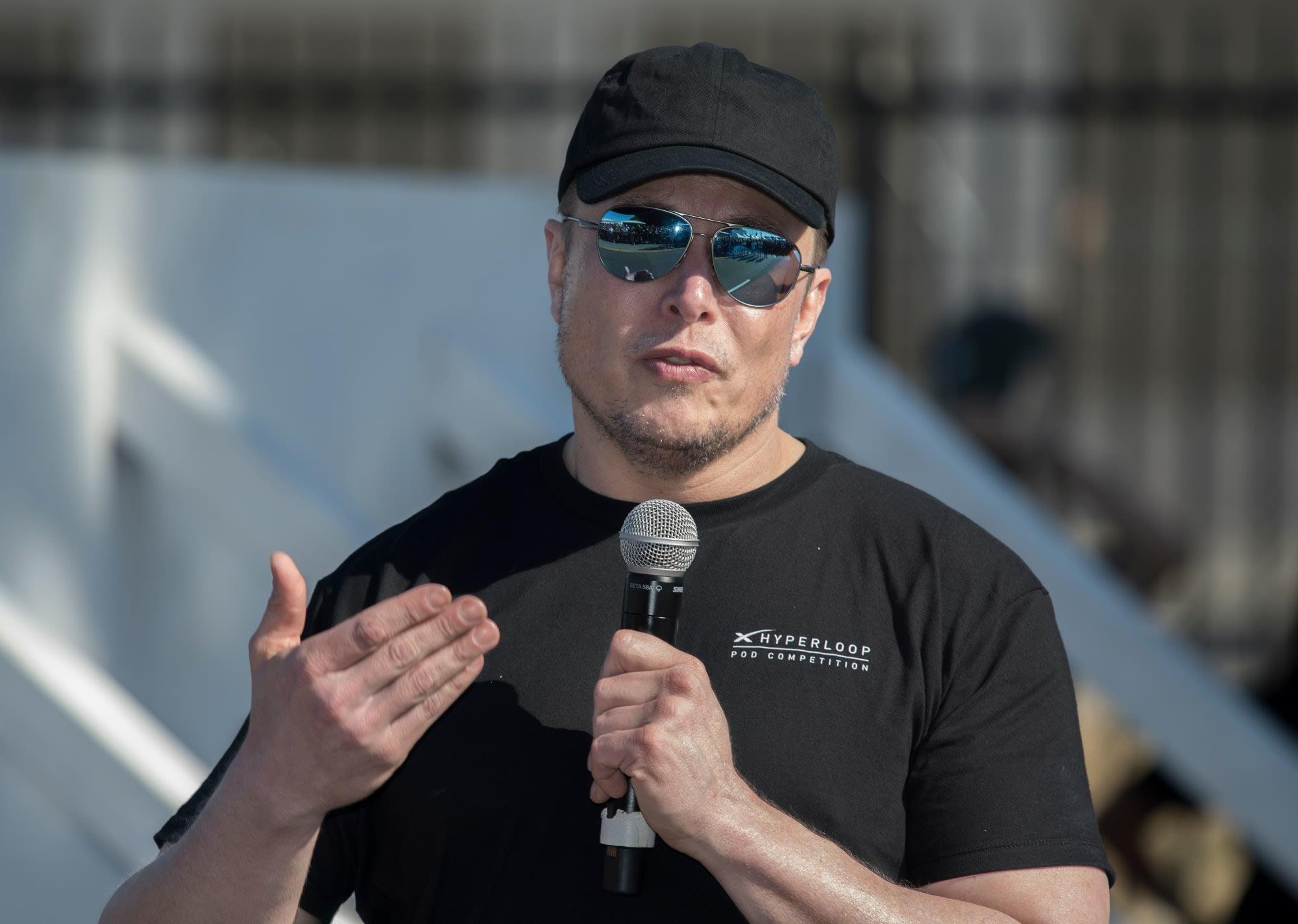 Elon Musk insists 'pedo guy' tweet wasn't serious accusation