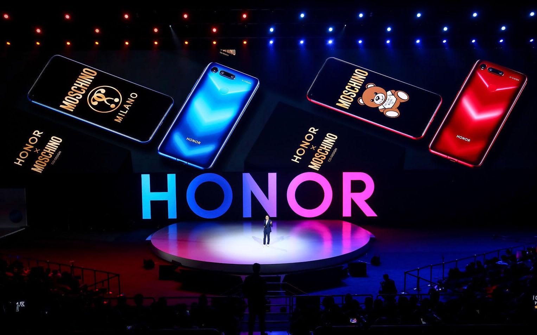 HONOR V20 флагманский смартфон представлен официально