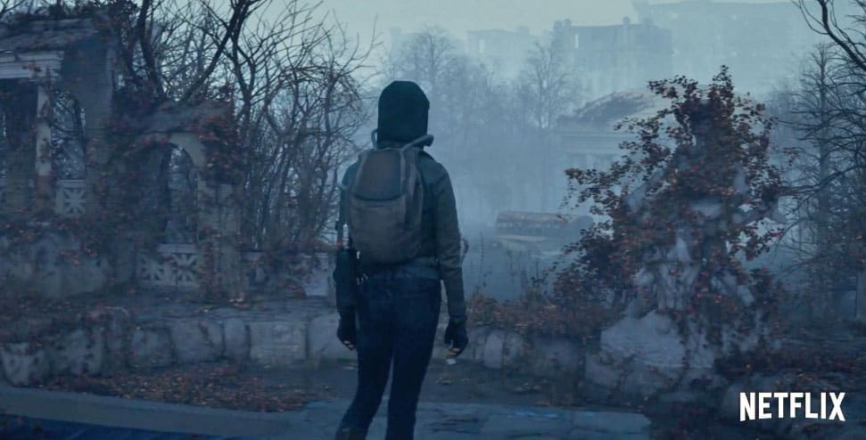 Humans Abandon A Toxic Earth In Netflixs Film Io Engadget