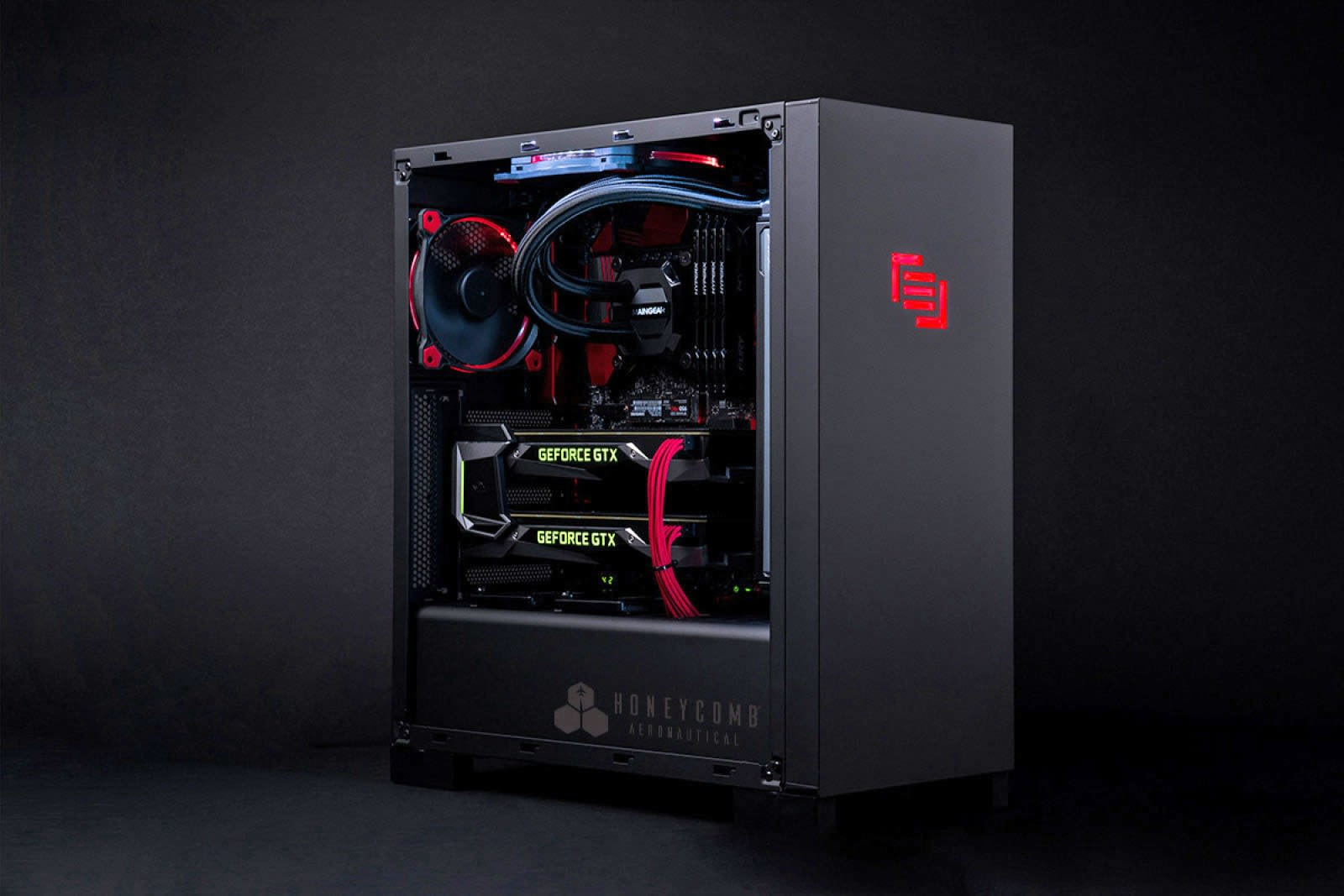 Maingear's latest PC is built for flight simulators