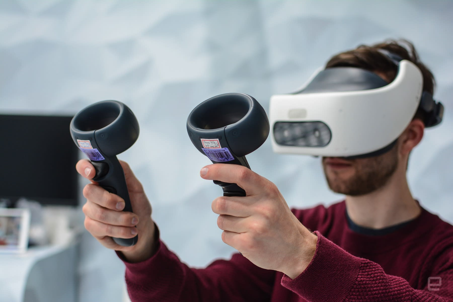 HTC's work-oriented Vive Focus Plus headset arrives mid